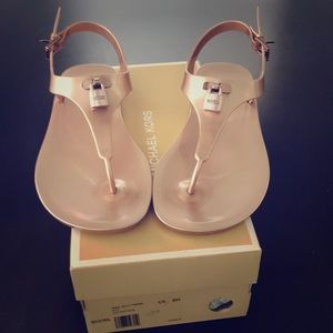 *Lowered*Michael Kors New Mira Jelly Thong Sandals
